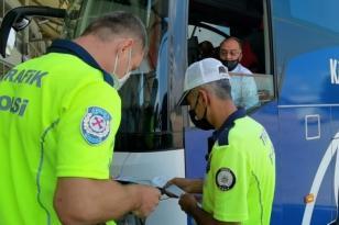 ŞEHİRLER ARASI OTOBÜS SEFERLERİ POLİS KONTROLÜ ALTINDA